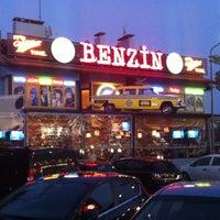 Das Foto wurde bei Papagayo Acıbadem von Dogukan O. am 5/1/2012 aufgenommen