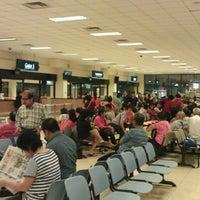 Das Foto wurde bei Tanah Merah Ferry Terminal von Han Mo M. am 6/28/2012 aufgenommen