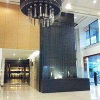 Photo taken at Bangkok Cha-da Hotel by Duang S. on 8/15/2012