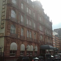 Das Foto wurde bei Le Méridien Parkhotel Frankfurt von Kay `the Prince` Jeab K. am 4/25/2012 aufgenommen