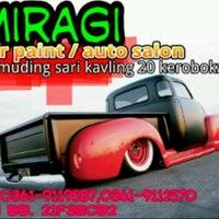 Photo taken at Miragi Carpaint/Auto Salon by gungayuanggun on 8/23/2012