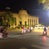 Photo taken at Ngân Hàng Nhà Nước Việt Nam. by Elsie T. on 6/24/2012