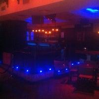Foto tomada en Cafe Pub Ganivet 13 por No solo una idea el 2/14/2012