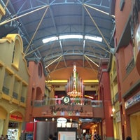 Photo taken at Dolphin Mall by José L. on 8/15/2012