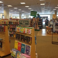 Photo taken at Barnes & Noble by Emon T. on 7/8/2012