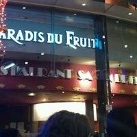 Photo prise au Le Paradis du Fruit par Alix T. le12/17/2011
