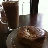 Photo taken at Espresso Roma Cafe by Xavi L. on 10/16/2011