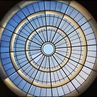 Снимок сделан в Pinakothek der Moderne пользователем Jimbo B. 10/21/2011