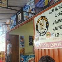 Foto tirada no(a) Bar Do Leo por Gerson Claudio C. em 11/17/2011