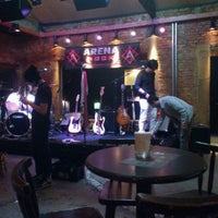 Foto tirada no(a) Buxixo Rock Bar por Jhemis D. em 10/22/2011