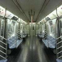 Photo taken at MTA Subway - 34th St/Herald Sq (B/D/F/M/N/Q/R/W) by The Official Khalis on 10/11/2011