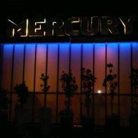 Foto scattata a Mercury Lounge- ABC Place da A.Macharia il 8/14/2012