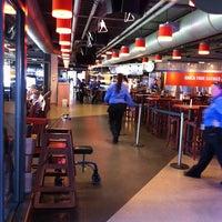 Foto tirada no(a) Hit it Here Cafe por Lynn R. em 8/28/2011