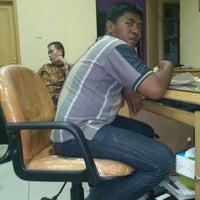 Photo taken at Bank Jatim by jehan on 9/6/2011