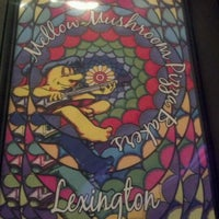 Photo taken at Mellow Mushroom by Melissa M. on 2/18/2012