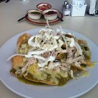 Photo taken at Yoho's Kitchen & Bar by Pixoy on 9/11/2011