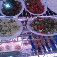Das Foto wurde bei Cafe Agora von Mo M. am 8/13/2012 aufgenommen
