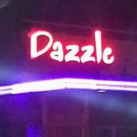 รูปภาพถ่ายที่ Dazzle โดย Tone M. เมื่อ 9/28/2011