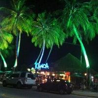 Foto tirada no(a) Kanoa Beach Bar por Sylvia G. em 2/25/2011
