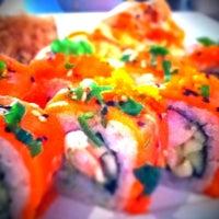 Foto tomada en Kashi Sushi & Bar por Diablid S. el 8/29/2011