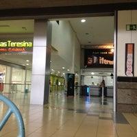 Foto tirada no(a) Cinemas Teresina por  John Lennon M. em 6/4/2012