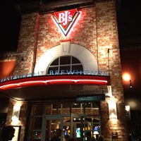 Photo taken at BJ's Restaurant and Brewhouse by Diana S. on 4/29/2012