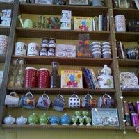 Foto tirada no(a) Maya Café por Julio N. em 5/12/2012