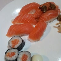 Photo taken at Toro Sushi & Grill by Alexandre #. on 3/3/2012