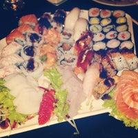 Foto tirada no(a) Cheri Sushi por Fernando S. em 6/10/2012