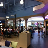 Photo taken at El Paseo Shopping by Xavier Allexander S. on 9/8/2012