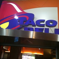 Photo taken at Taco Bell (C.C. La Vaguada) by Pedro B. on 8/22/2011