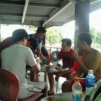 รูปภาพถ่ายที่ Planet Futsal โดย Bambang D. เมื่อ 12/26/2011