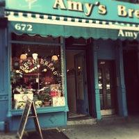 Foto tomada en Amy's Bread por Annie M. el 1/2/2012