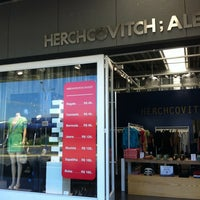 Photo taken at HERCHCOVITCH; ALEXANDRE Outlet by Mari T. on 2/1/2012