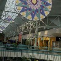 รูปภาพถ่ายที่ York Galleria Mall โดย Ryan W. เมื่อ 9/11/2011