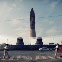 Foto tomada en Glorieta Monumento a Los Niños Héroes por Guillermo V. el 9/9/2012