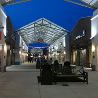 Photo taken at Philadelphia Premium Outlets by Philippe M. on 1/20/2012