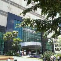 Foto tirada no(a) Shopping Frei Caneca por Tatiana O. em 12/16/2011