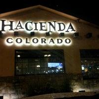 รูปภาพถ่ายที่ Hacienda Colorado โดย Troy R. เมื่อ 7/7/2012