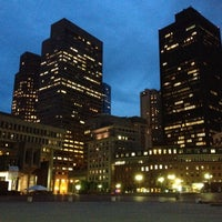 Photo prise au City Hall Plaza par Sheku R. le7/27/2012