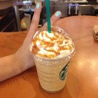 5/7/2012 tarihinde Burcu R.ziyaretçi tarafından Starbucks'de çekilen fotoğraf