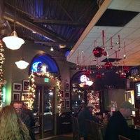 12/14/2011 tarihinde Lacy H.ziyaretçi tarafından Walnut Room'de çekilen fotoğraf