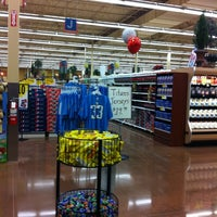 Photo taken at Kroger by Chanin C. on 12/31/2010