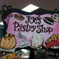 Photo taken at Trader Joe's by Wheels Of Italy on 10/1/2011