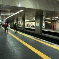 Photo taken at MetrôRio - Estação Uruguaiana by Eldio Suzano on 6/27/2012