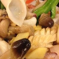 Photo taken at Good Kitchen Restaurant by Alex C. on 3/18/2012