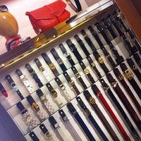 5/9/2012 tarihinde Nilüfer K.ziyaretçi tarafından Louis Vuitton'de çekilen fotoğraf