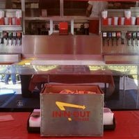 Photo taken at In-N-Out Burger Truck by Robb B. on 9/9/2011