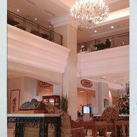 Photo taken at 寒軒國際大飯店 Han-Hsien International Hotel by Hung S. on 9/18/2011
