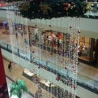 Foto tomada en Mall Florida Center por Oscar C. el 12/26/2011